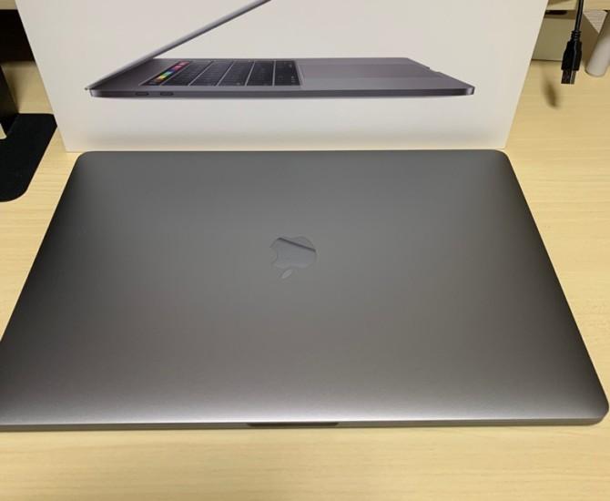 macbook pro 15 2018