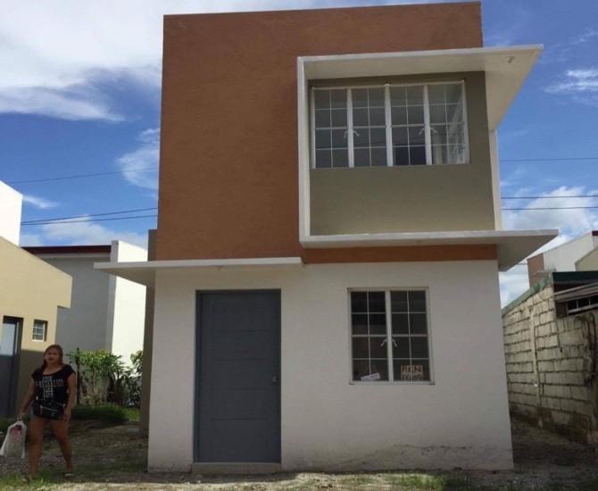 フィリピンで購入した家