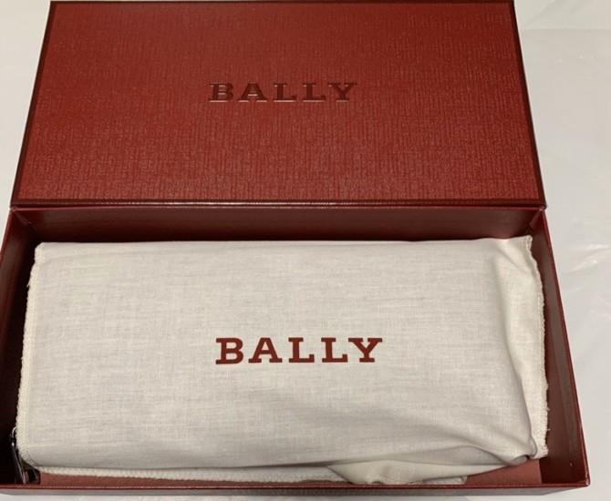 バリー長財布 包装